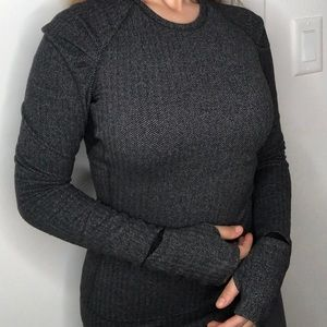Long sleeve sweater shirt